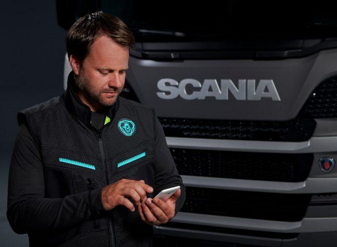O vestă inteligentă dezvoltată de Scania promite să sporească siguranța șoferilor