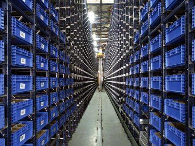"""Logistika 4.0 praktikoje. """"Miniload"""" technologija leidžia maksimaliai išnaudoti sandėlio erdvę"""