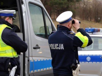 """W całej Polsce trwa akcja """"Smog"""". Policja sprawdza stan silników"""