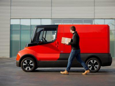 Kis megoldás a városi szállítmányozás nagy problémáira.A Renault bemutatja az új elektromos furgonját