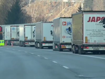 Truck driving bans on Saturdays in Tyrol during winter