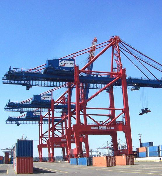 Masz dostarczyć kontenery do terminalu Eurokombi w Hamburgu? Wkrótce będą tam poważne utrudnienia