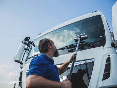 Seniausias sunkvežimių vairuotojas Vokietijoje nuvažiavo daugiau nei 7 mln. kilometrų… ir ką tik pratęsė vairuotojo pažymėjimo galiojimą