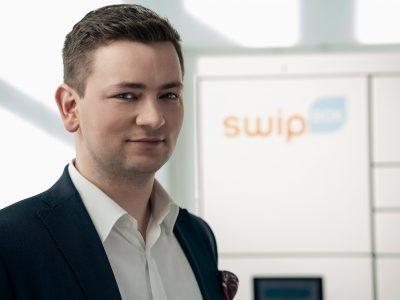 SwipBox zdradza szczegóły współpracy z Pocztą Polską i… nie wyklucza partnerstwa z InPostem. Warunek jest jeden