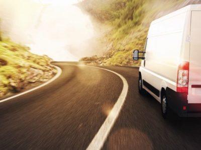 Deputații europeni au votat aplicarea normelor privind timpul de condus și utilizarea tahografului și în cazul vehiculelor sub 3,5 t