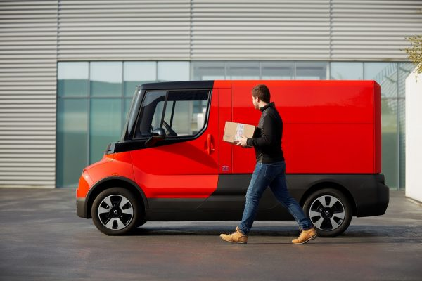A small solution to big urban problems. Renault presents a new delivery van