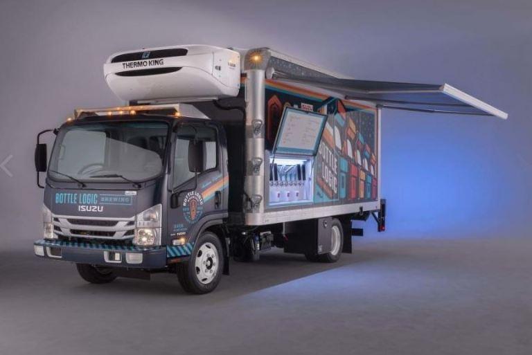 Isuzu prezentuje nową ciężarówkę. Miłośnicy złotego trunku z pianką będą zachwyceni