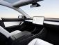 Tesla va lansa taxiuri autonome din 2020