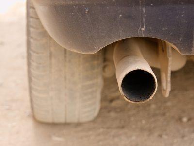 Eldőlt: a furgonoknak egyharmaddal kevesebb CO2-t kell kibocsátaniuk