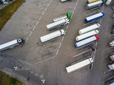 Velykų laikotarpyje Europoje taikomi sunkvežimių eismo apribojimai