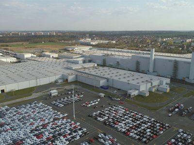 Duże zmiany w fabryce Opla w Gliwicach. Zaczną produkować dostawczaki