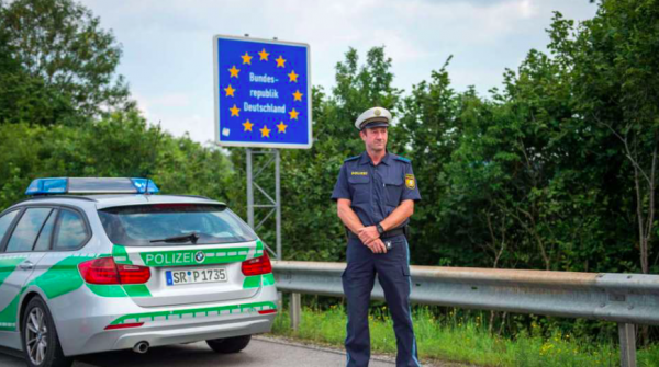 Austria extends border checks. Bavarians have a similar plan.