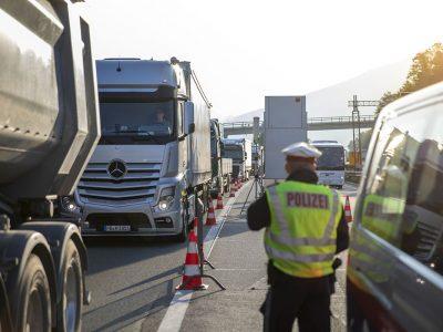 Restricții suplimentare pentru camioane în Germania până la finalul verii
