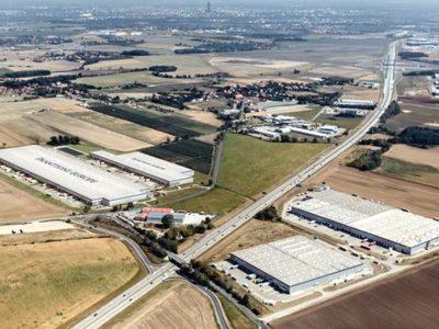 Operator obsługujący polskie fabryki LG wynajmie magazyny pod Wrocławiem