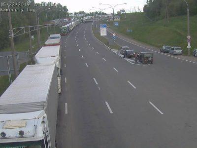 Более 420 большегрузов застряли на белорусско-литовской границе