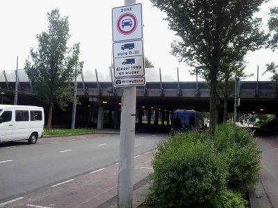 A hollandok egységesítik a környezetvédelmi övezetekre vonatkozó szabályokat. Ki lesz az, aki nem hajthat be?