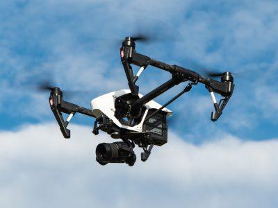 A UPS drónokkal fogja teljesíteni a szállításokat. Magyarországon még kicsit várni kell rá.