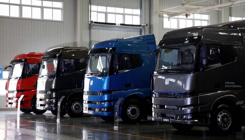 Chińczycy będą sprzedawać trucki na… alkohol. Tak chcą dbać o środowisko