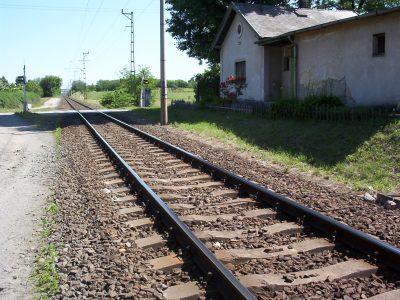 Kínai hitelt kér a magyar kormány a Budapest-Belgrád vasútvonal magyar szakaszához