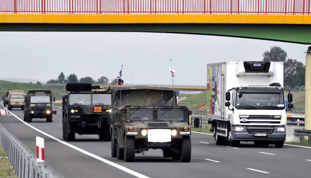 Kolumny wojskowe na drogach dwóch województw