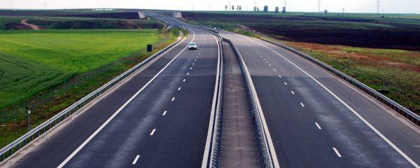 Restricții de trafic pentru camioane în perioada Paștelui