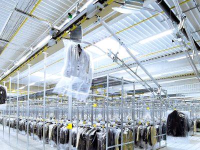 Transport i logistyka w branży odzieżowej, czyli jak przyspieszyć sortowanie milionów sztuk ubrań (cz. 2)
