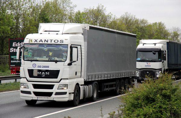 W jakie certyfikaty warto zainwestować prowadząc biznes transportowy?