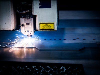 Логистика 4.0 на практике. Стеллажный кран-штабелер помог увеличить производительность на складе листового металла