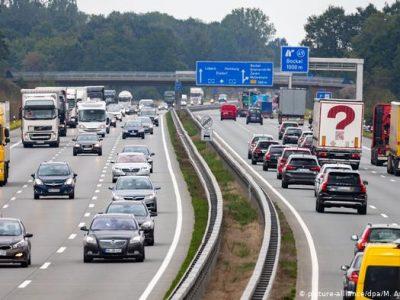 Taxa de autostradă pentru străini introdusa de Germania a fost declarată ilegală de CJUE