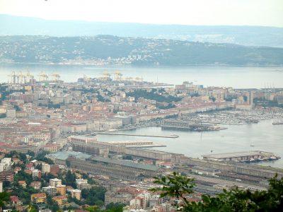 Magyarország kikötőt éslogisztikai bázist épít Triesztben