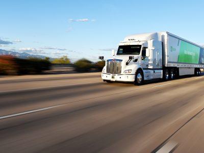 Cum poate un camion să parcurgă o distanță de 1600 km fără…șofer