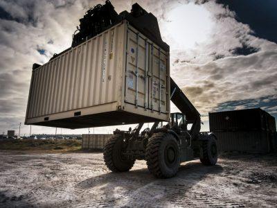 Мировая торговля будет сокращаться. За этим стоят Китай и Соединенные Штаты