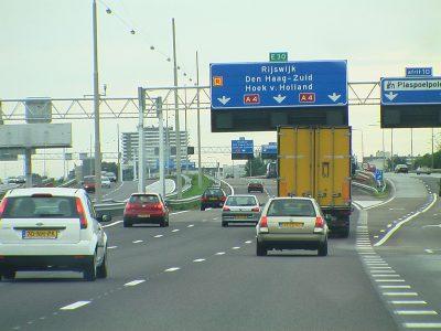 Olandijoje kelių inspektoriai galės bausti sunkvežimių vairuotojus. Patikrinkite už ką