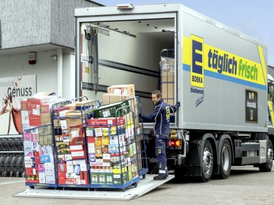 Transport and logistics in the FMCG industry, or how to load and carry fast moving goods
