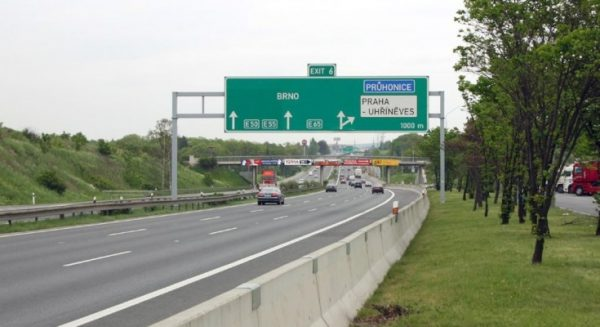 Cehia introduce un nou sistem de plată a taxelor rutiere
