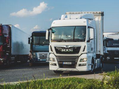 Austria introduce un sistem de informare privind disponibilitatea locurilor de parcare pentru camioane