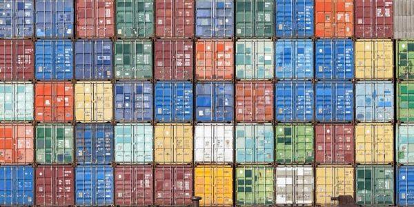 Ce factori protejează lanțul de aprovizionare împotriva perturbărilor?
