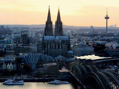 Köln: Durchfahrtverbotszone für Lastkraftwagen ab 7,5 Tonnen