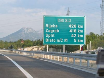 Croația: Intensificare a circulației rutiere cu posibile blocaje și timpi mari de așteptare la granițe