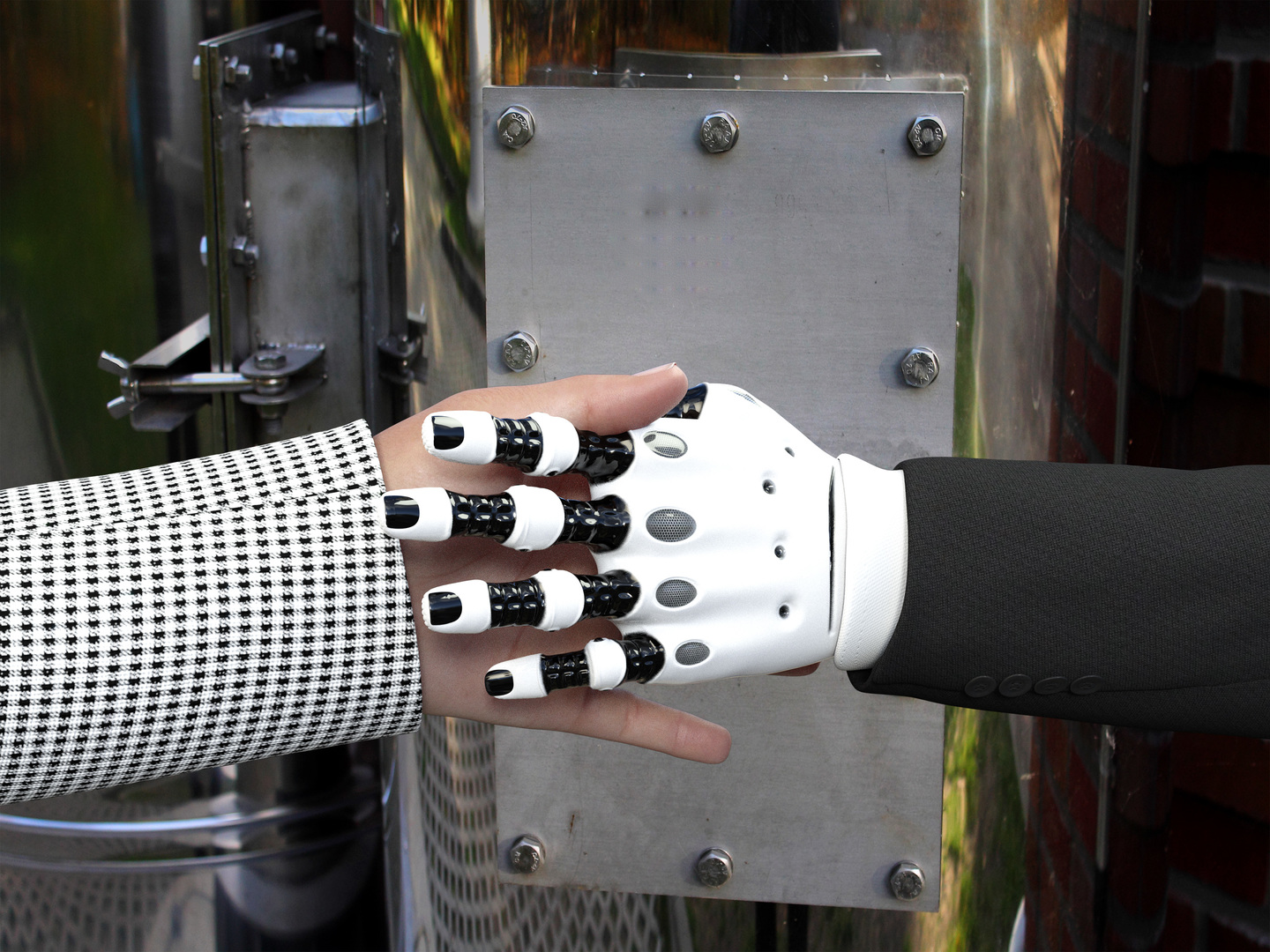 Cooperative robots can be your new colleagues in warehouse logistics