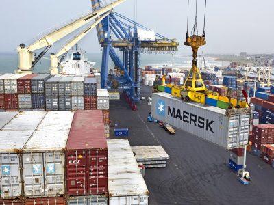 MAERSK introduce un nou serviciu de transport intermodal Asia-Europa