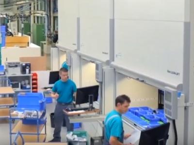"""Logistyka 4.0 w praktyce. Automaty z """"arktycznymi"""" temperaturami coraz częściej trafiają do magazynów i dystrybutorów leków"""