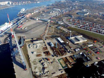 Zbudują nowy parking dla ciężarówek przy terminalu promowym