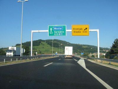 Serbia creşte valoarea taxelor rutiere
