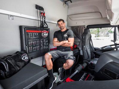 Кабина, как тренажерный зал. Новая идея Iveco порадует любителей физической активности