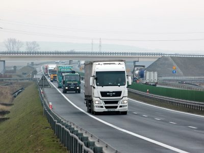 [UPDATED WITH AUSTRIA] Hungary and two more German states suspend the weekend driving ban for trucks