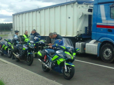Two Romanian drivers, 31 offences and a fine of 26,000 euros.