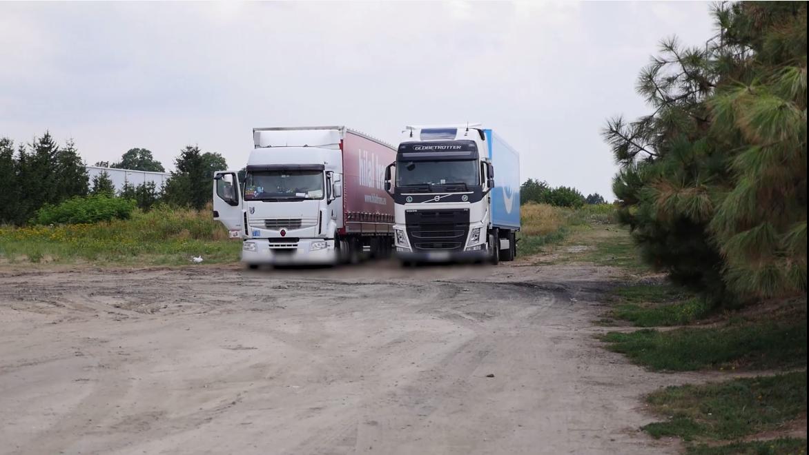 Gaz paraliżujący, kradzieże towaru i utrata sprzętu. Kierowcy ciężarówek szczerze o bezpieczeństwie na parkingach i braku miejsc postojowych