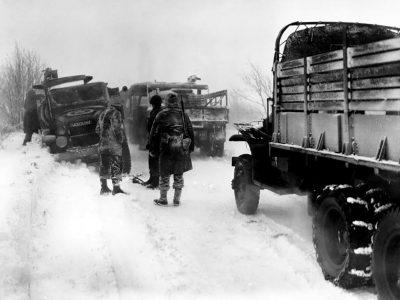 Az áruszállítás története 58. rész – ennyi üzemanyagot használt el a hadsereg a második világháború alatt