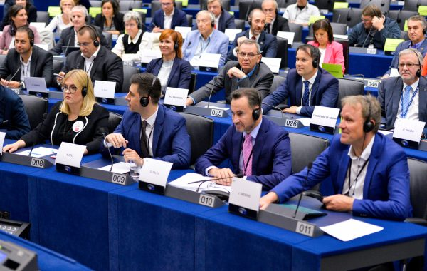 9 countries call on Brussels regarding the Mobility Package. Its provisions are 'restrictive, discri
